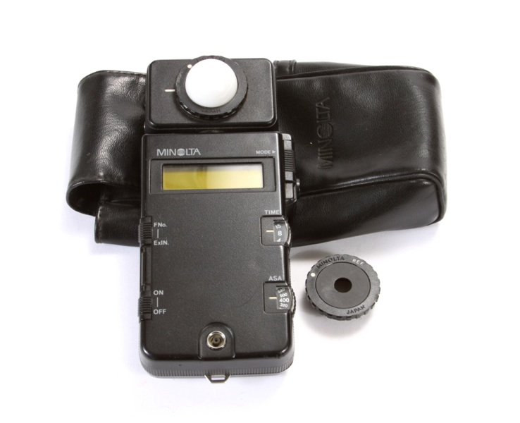 how to connect minolta flash
